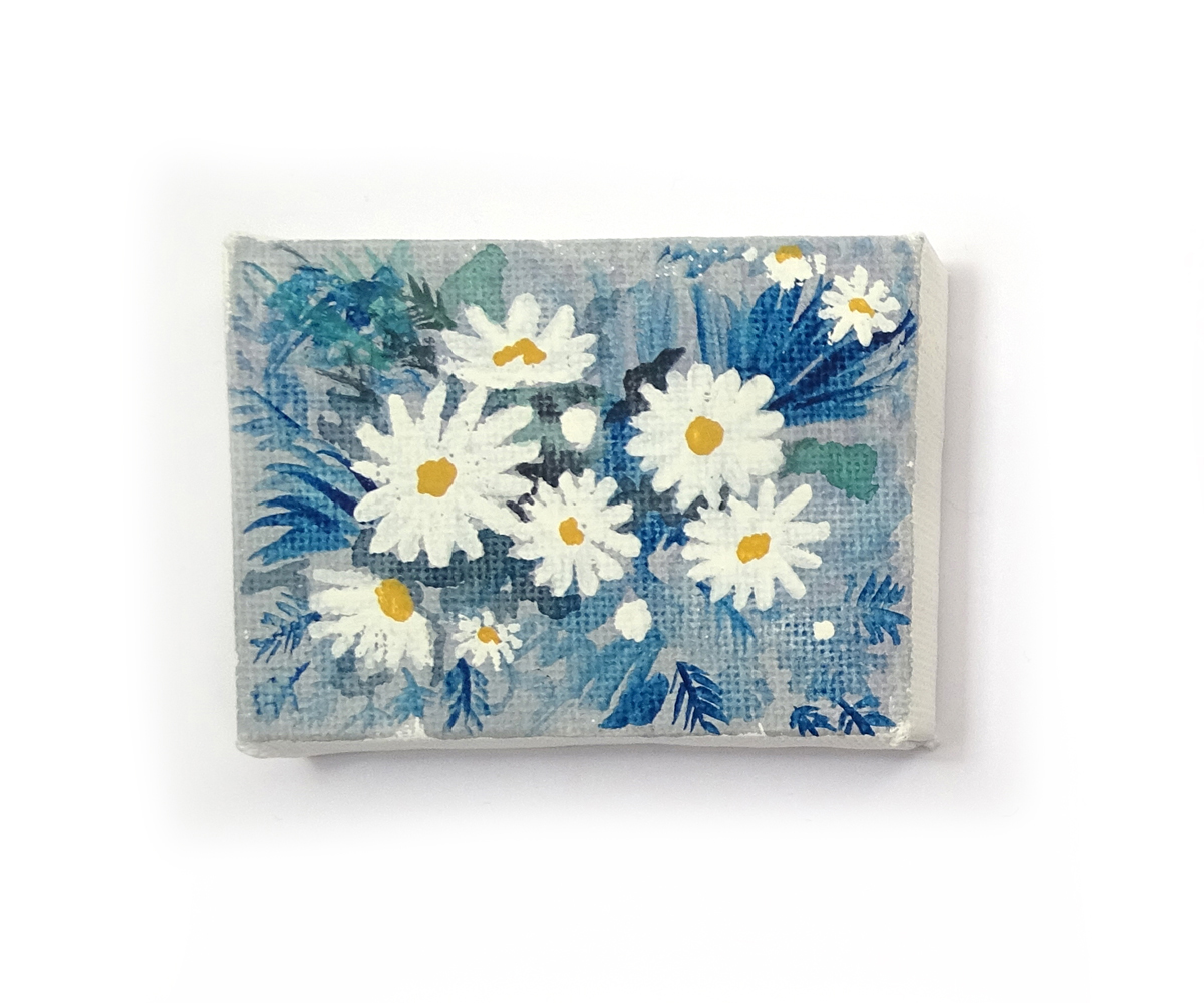 "'DAISES' ORIGINAL MINI CANVAS PAINTING - ""I love how daises turned out on the mini canvas, in the near future I plan to create another similar daisy painting but on a much larger canvas.""£18.00"