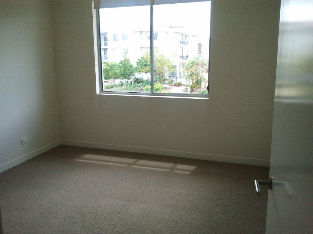 5 main bedroom.jpg