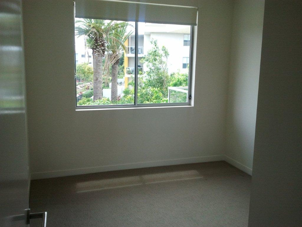 8 bedroom 2.jpg