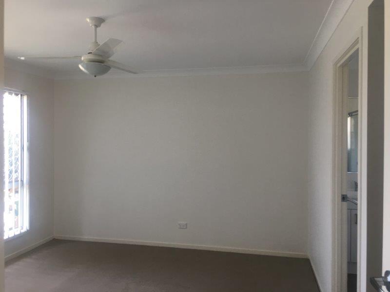 9 bedroom1.jpg
