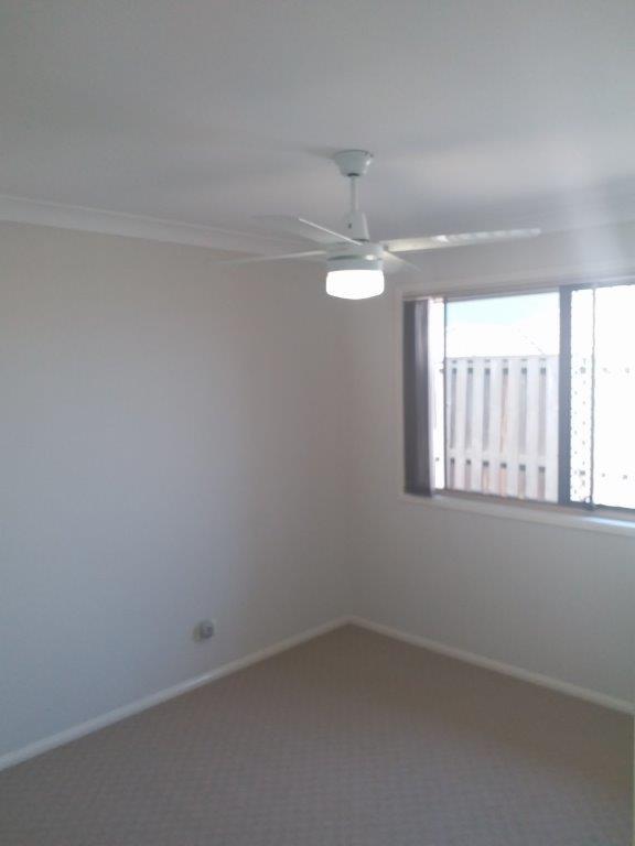 15 Bedroom2.jpg