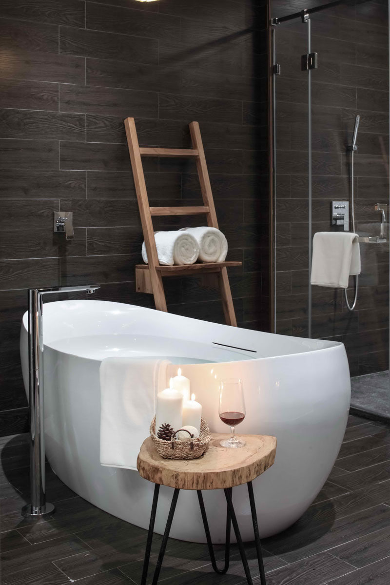 """This bathroom in Ripple Hotel, Hangzhou perfectly channels the ethos of """"hygge"""". Design by XL-Muse."""