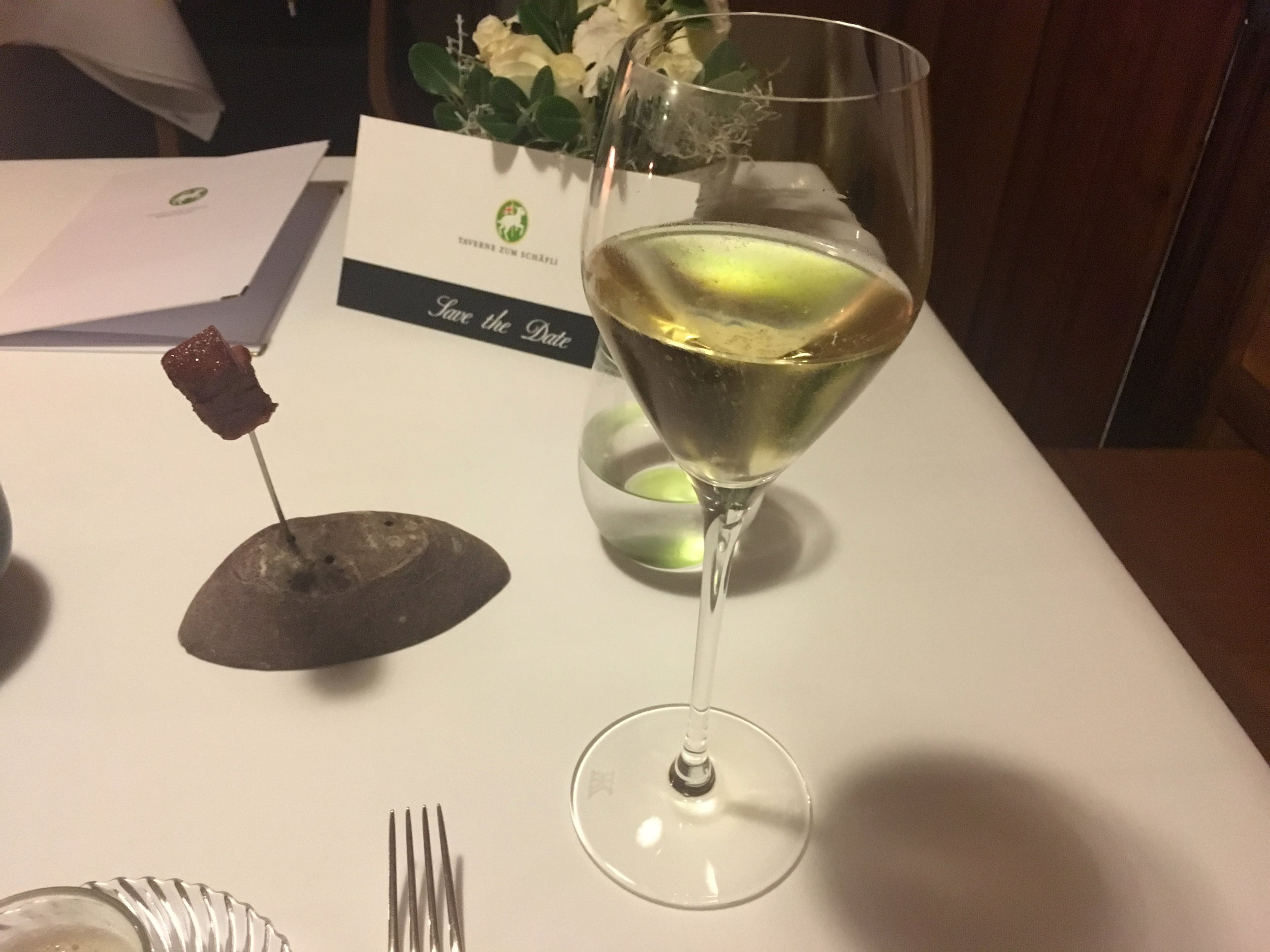 I had a glass of Delamotte Blanc de Blancs Brut as an aperitive