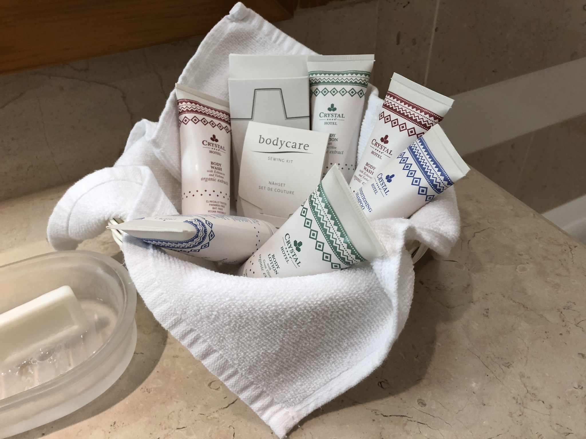 New rule: 5-star hotels have expensive brands as amenities while 4-star hotels have their private label brand