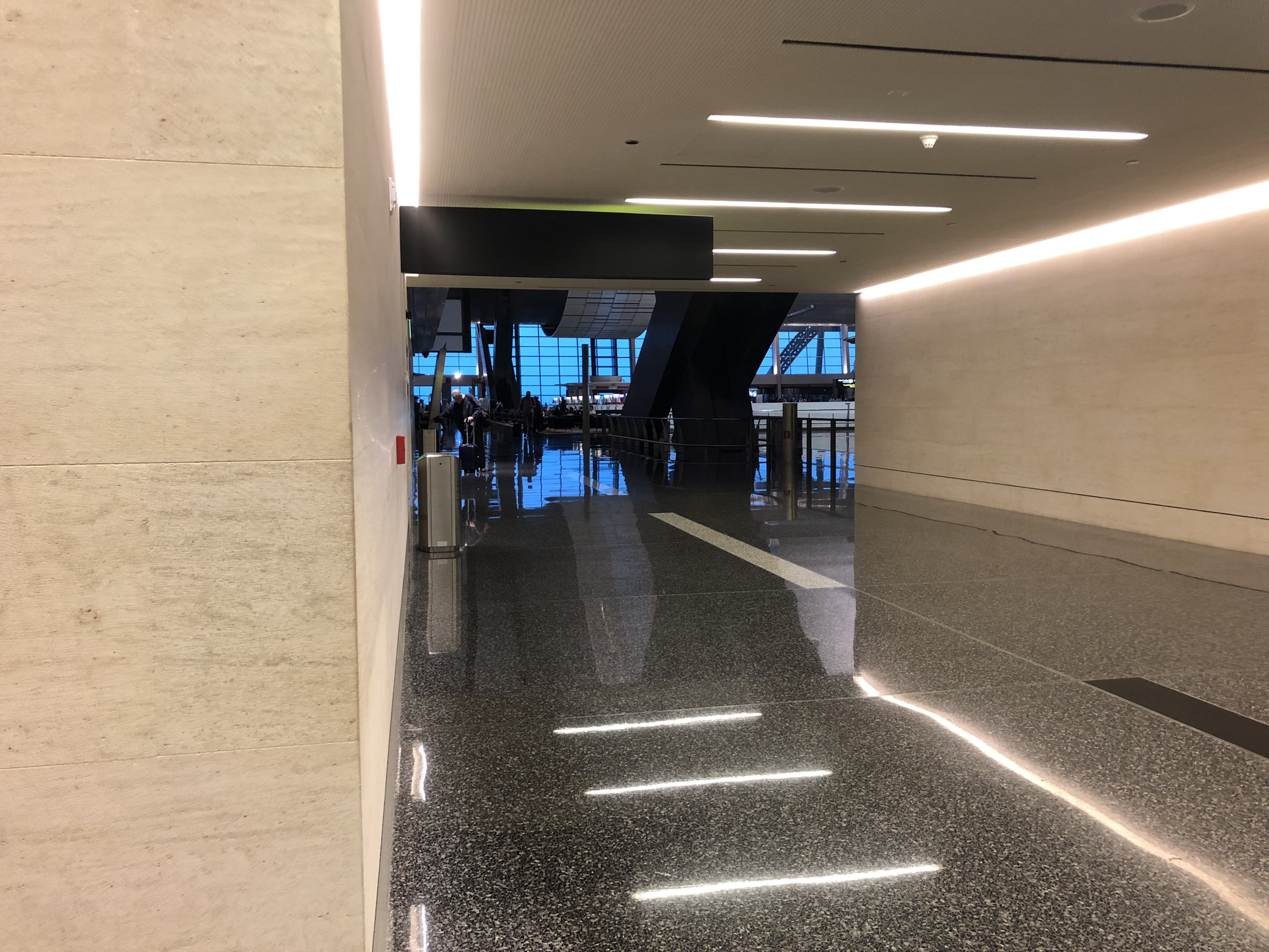 Looking back to Business Class check-in area