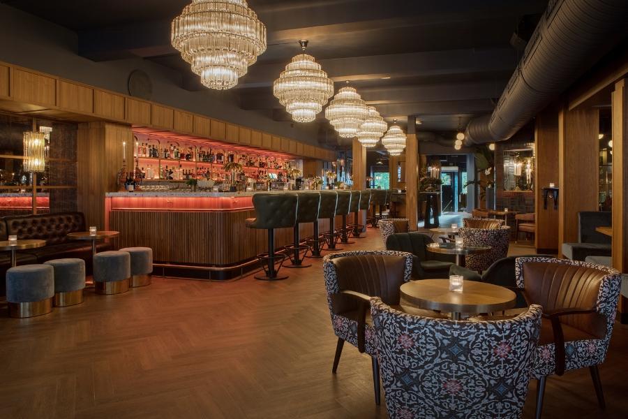 Bygdøy allé 3 bar restaurant og scene i Oslo.jpg