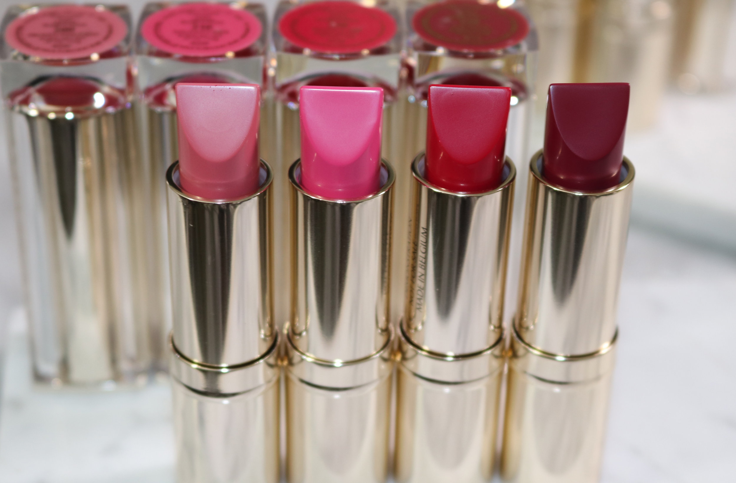 Swatches L to R:200 Proven Innocence (matte), 210 Naughty Nice (matte), 220 Shock & Awe (matte), 230 Juiced Up (matte)