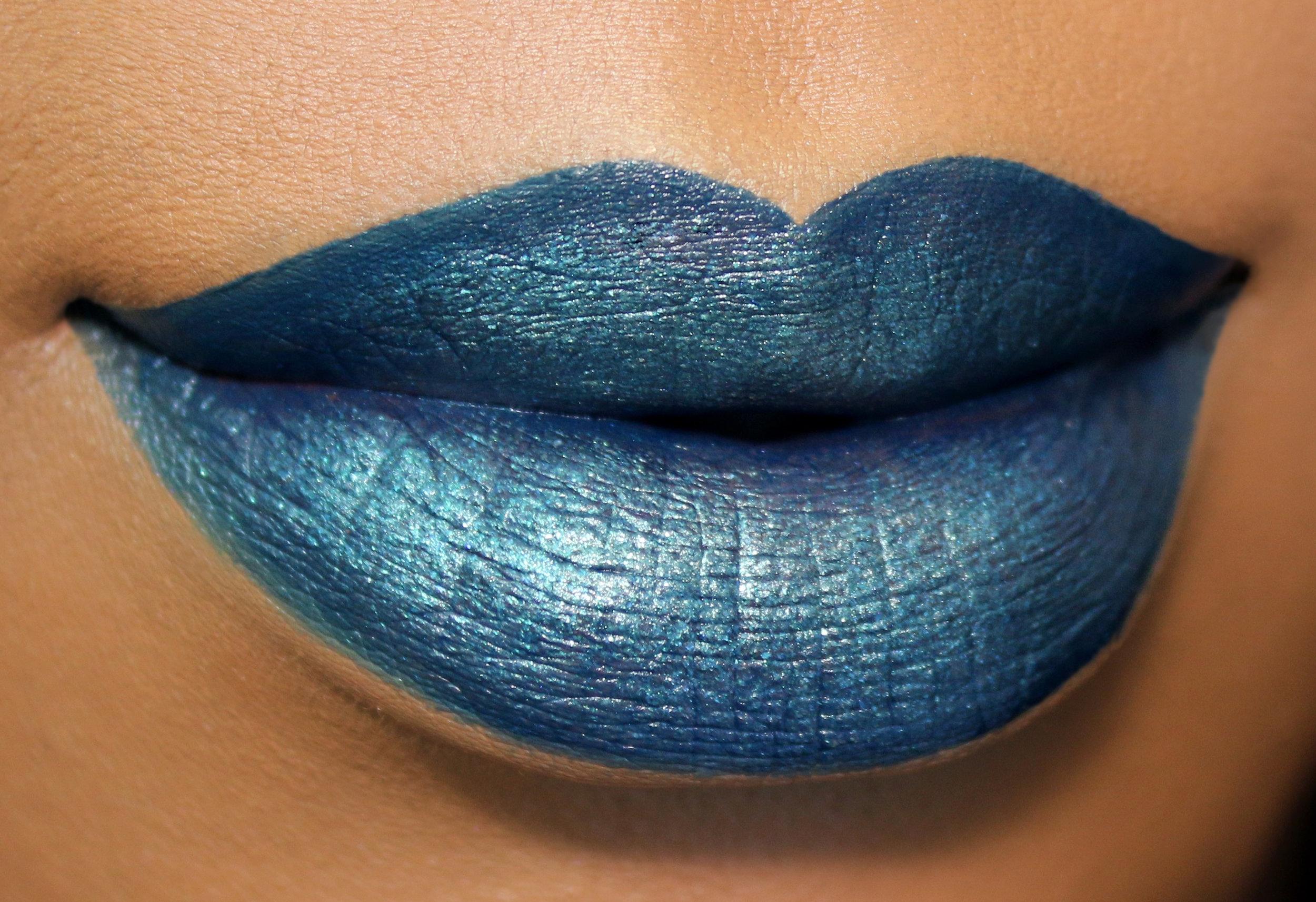 Maybelline Venomous Python Lip Kit Candy Coated Closets Closer 2.jpg