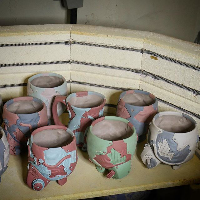 Time to bisque fire  #bisque #fire #kiln #elements #cups #terrasig #terrasigillata #clay #pottery #potterywheel