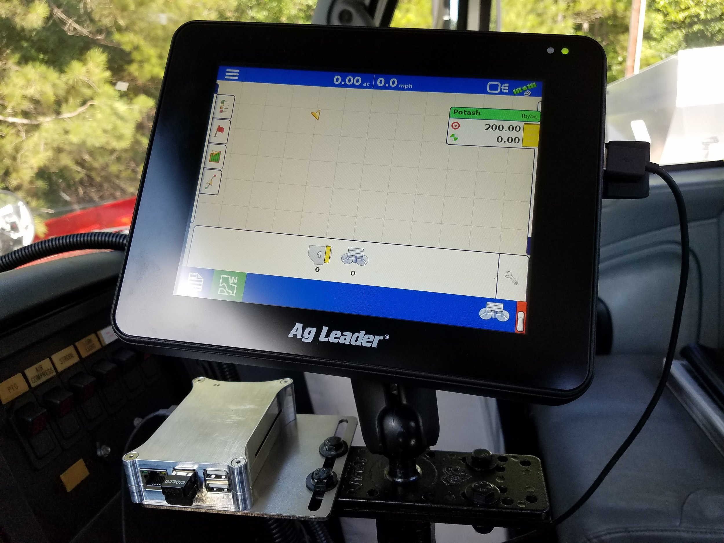 Export and Import Precision Ag Data via the powerful AGBRIDGE™ Drive
