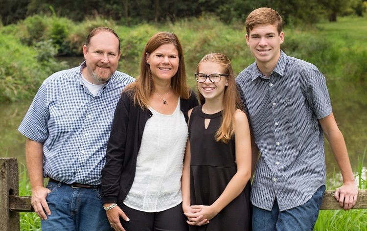 Murphy-family-750-px.jpg