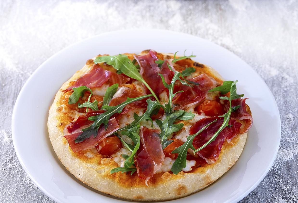 Pizza Iberica 1-2.jpg