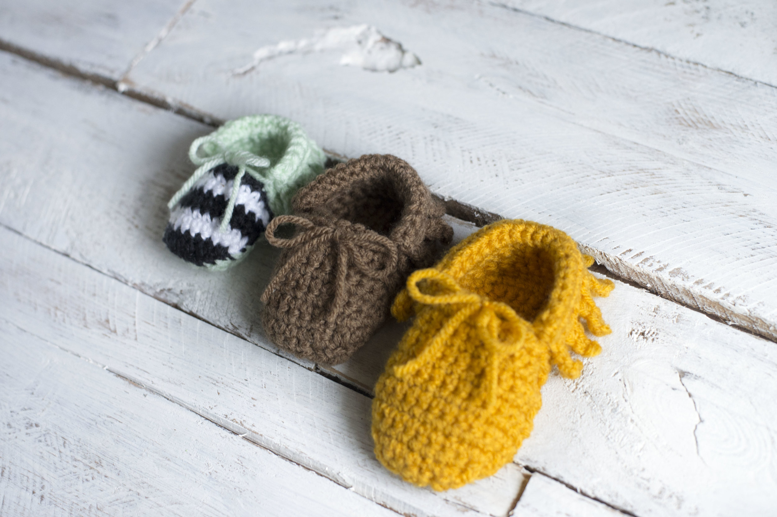 Crochet Baby Moccasins Pattern