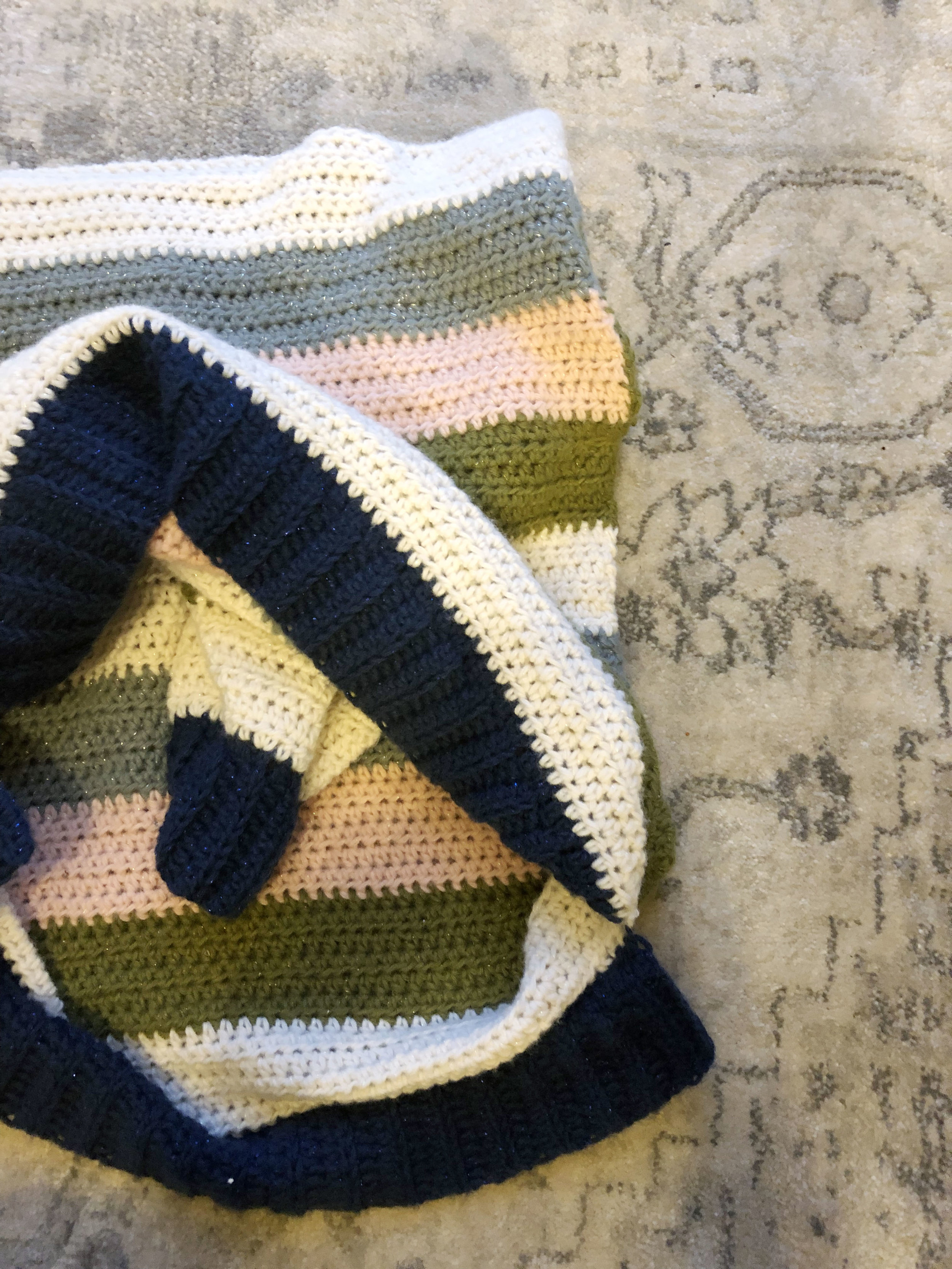 Free Crochet Pattern - Retro Stripes Sweater — Megmade with Love