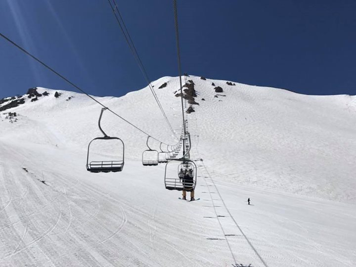 Mammoth Mountain offers some of the best skiing and snowboarding conditions on the planet
