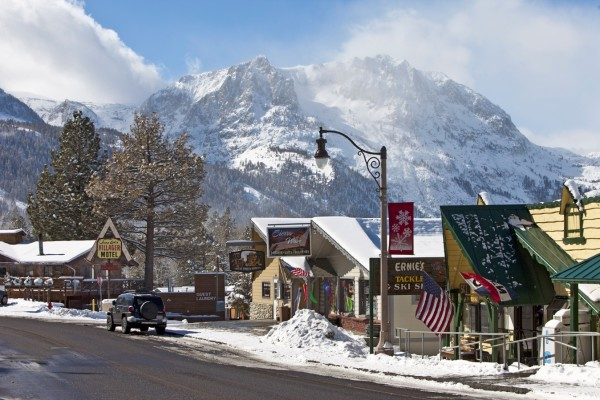 """June Lake is known as the """"Switzerland of California"""""""