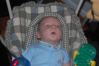SMALL 6 Baby sleeping in a swing - what should you know.jpg