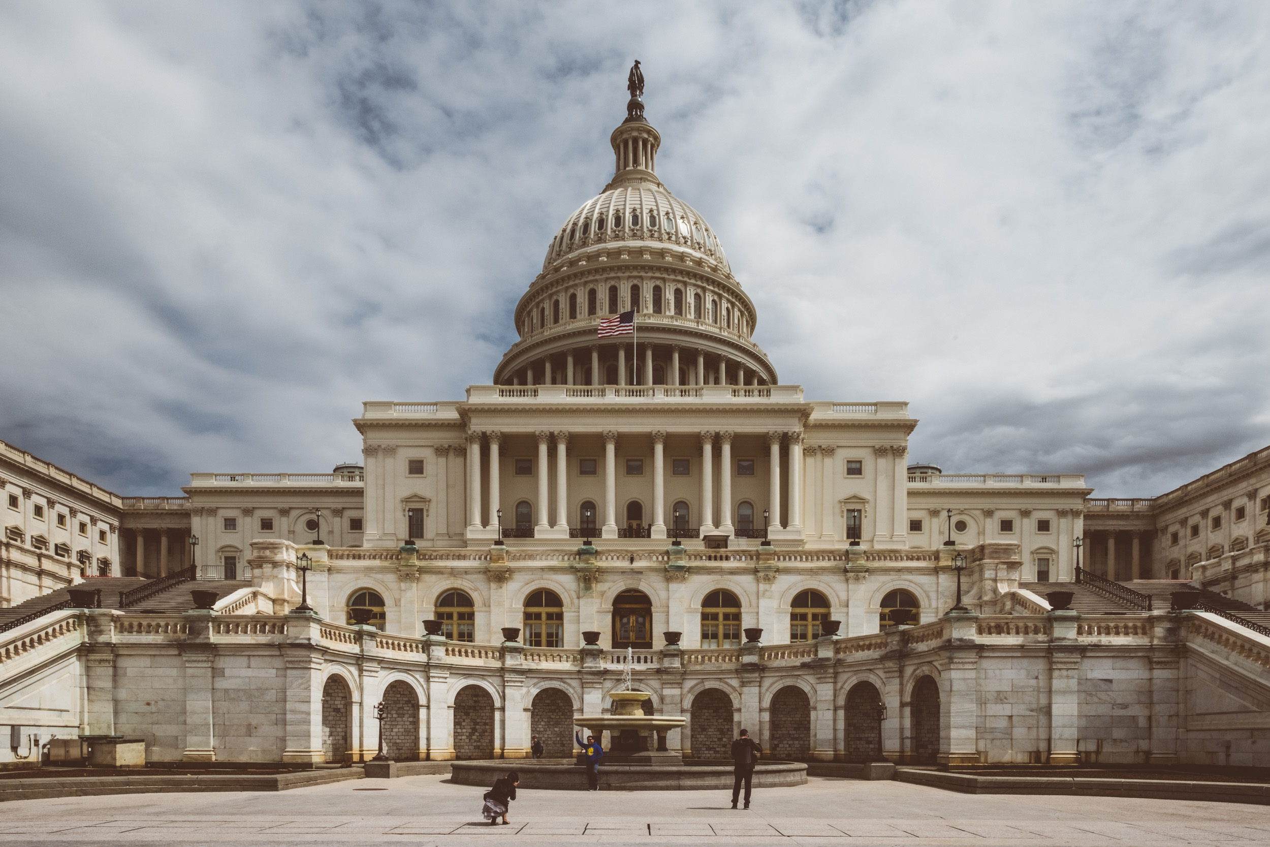 EH2035_United-States-Capitol.jpg