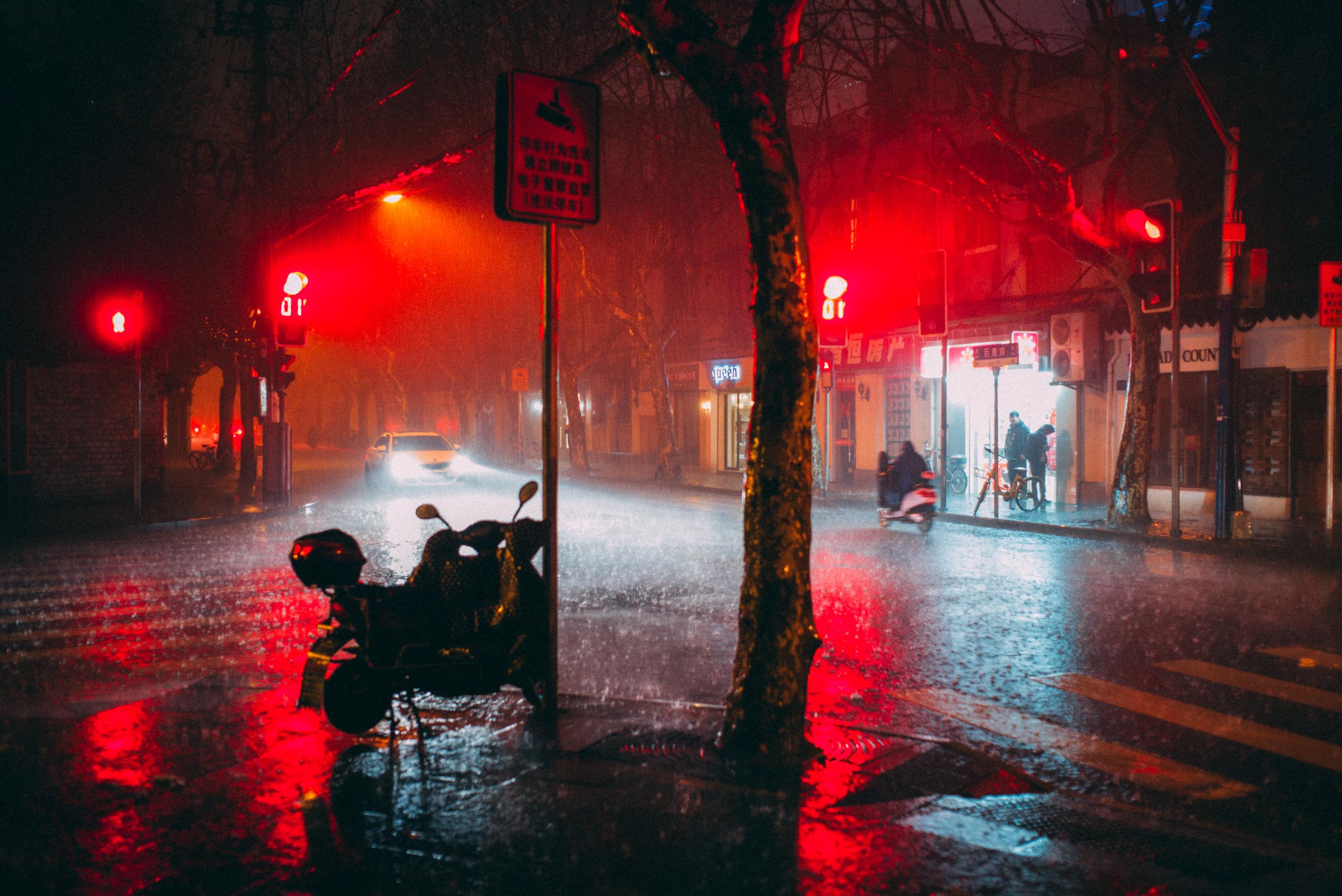 JH2210-torrential-rain.jpg