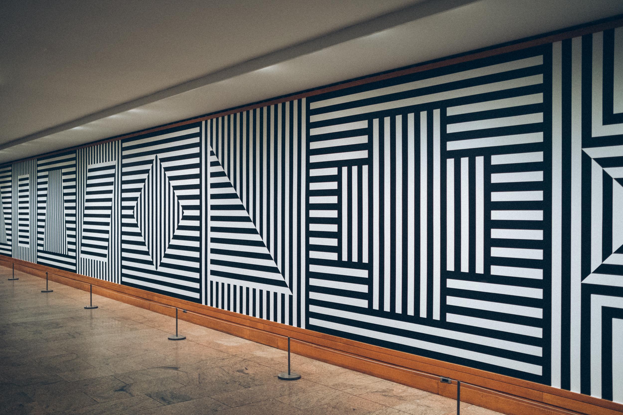 EH2204_Patterns-At-The-Met.jpg