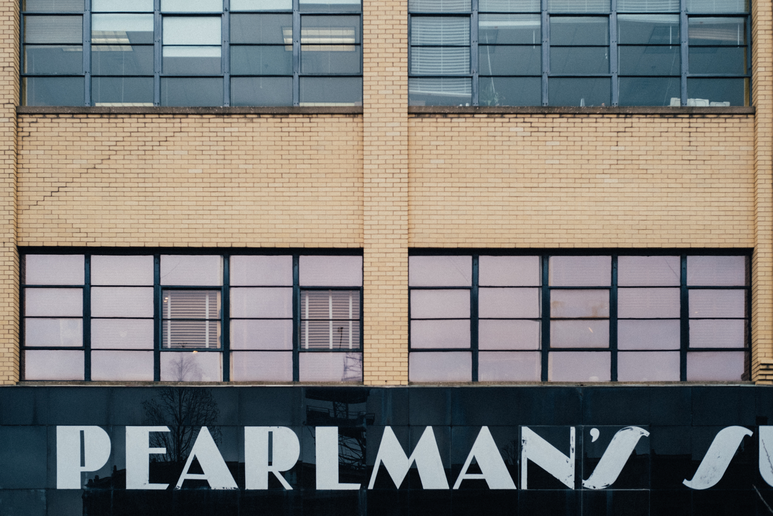 EH2212_Pearlmans.jpg