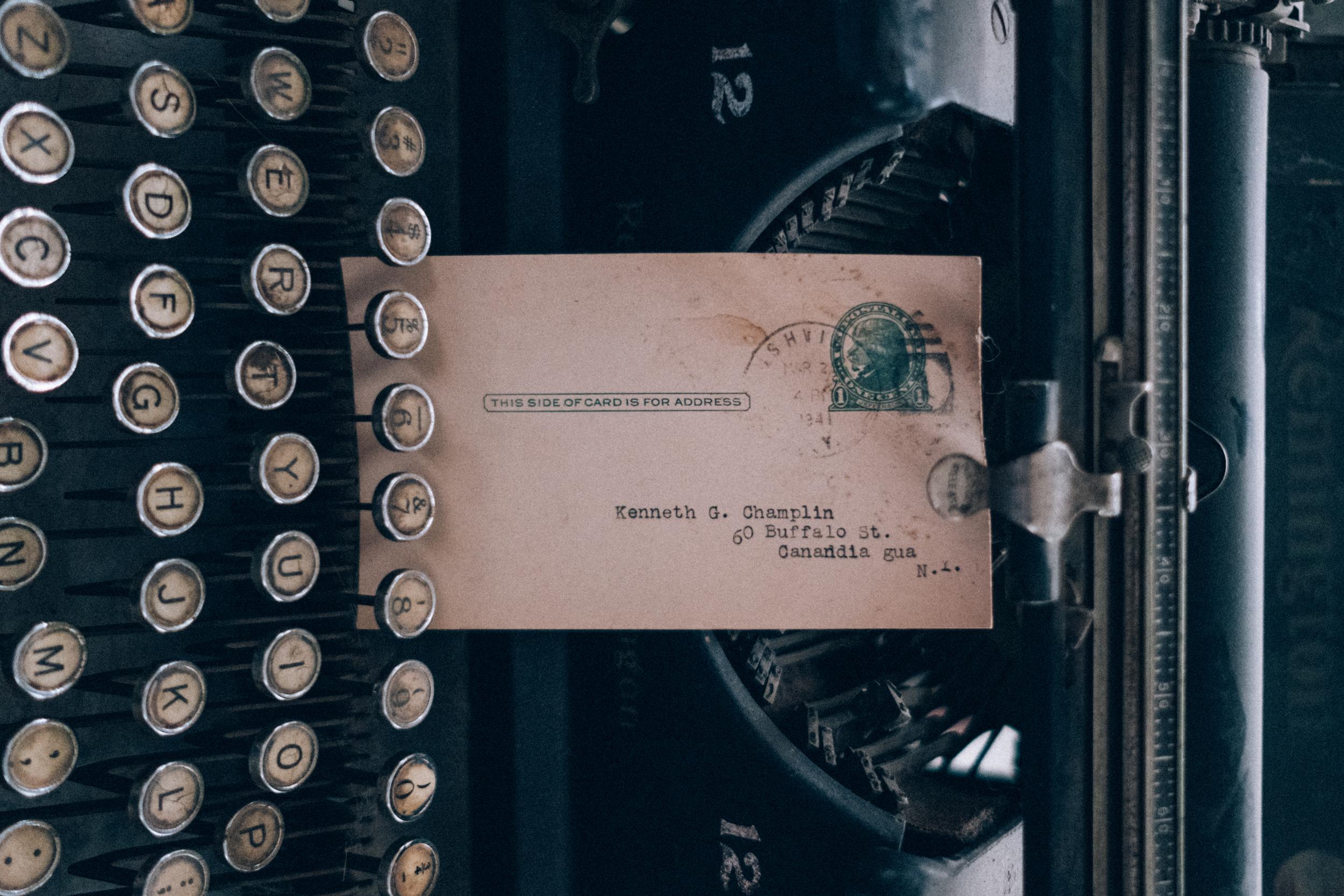 EH2218_Remington-Typewriter.jpg