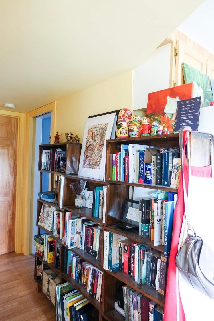 bookshelf-display