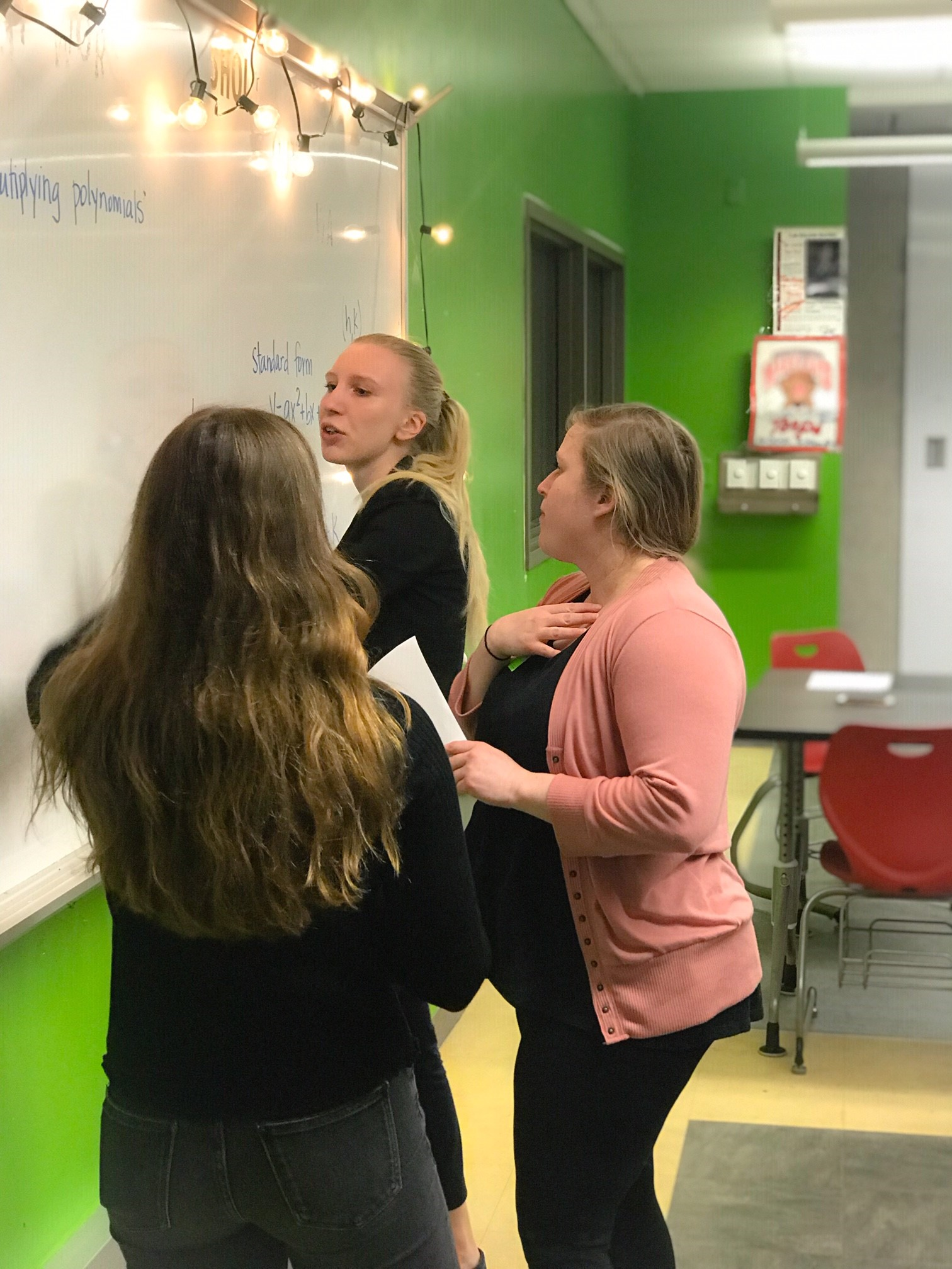 INSTRUCTOR   Driven Student Guides (DSGs) work in schools to help build the social-emotional and academic skills to achieve their goals.  Driven Student Guides  are recruited from local colleges/universities through our off-campus Federal Work Study Program.
