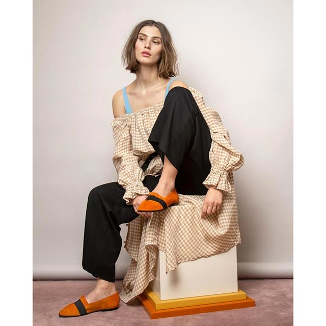 Photoshoot with beautiful Alma for @gramshoes #konnichiwastudio⠀⠀⠀⠀⠀⠀⠀⠀⠀ .⠀⠀⠀⠀⠀⠀⠀⠀⠀ .⠀⠀⠀⠀⠀⠀⠀⠀⠀ .⠀⠀⠀⠀⠀⠀⠀⠀⠀ .⠀⠀⠀⠀⠀⠀⠀⠀⠀ .⠀⠀⠀⠀⠀⠀⠀⠀⠀ #collab #gramshoes #stockholmstudio #stockholmfashion #fashion #igfashion #bon #moodstockholm #ellemagazinestyle #ellemagazine #pusspussmag #stockholmstudios #studiostockholm #shoelover #shoesday #stilllife #fashionstilllife #photostudio #fotostudio #fashionista #orange #springnews #this_is_stockholm #scandinaviandesign #discoversweden #ig_sweden #summervibes #svensksommar #ballerinashoes