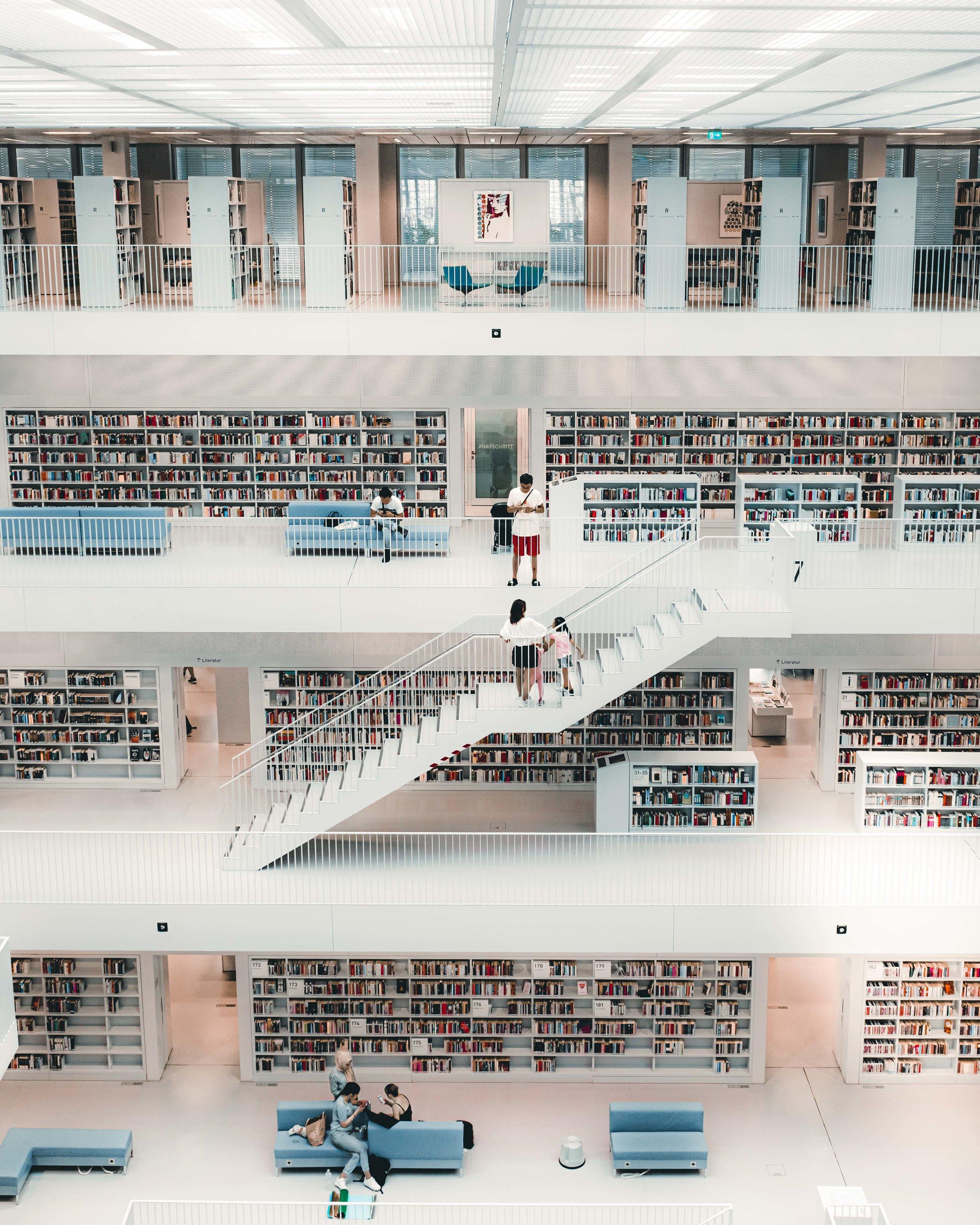 Stuttgart-Library-interior-2.jpg