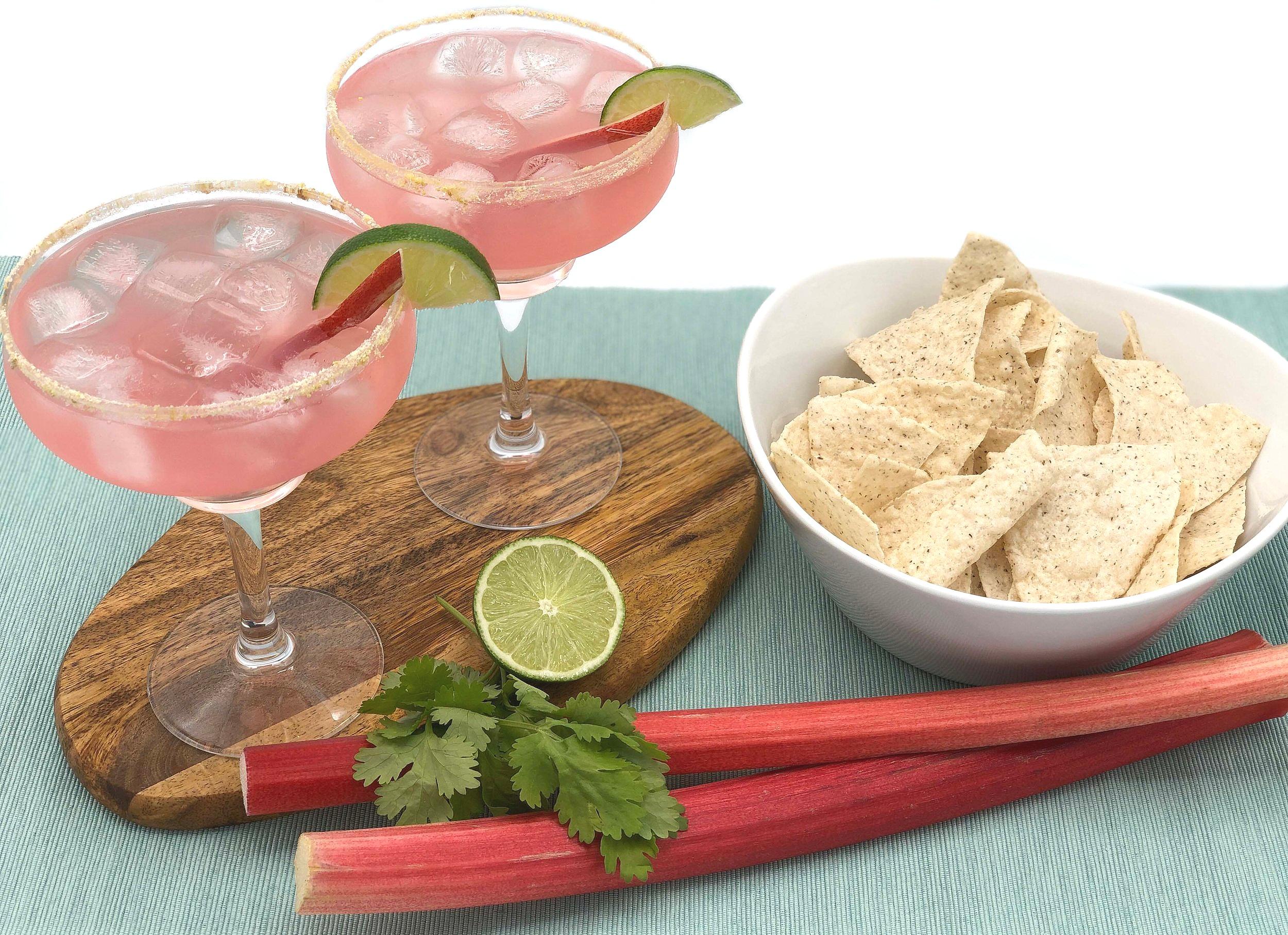 2+drinks+no+salsa+edit+ver.jpg