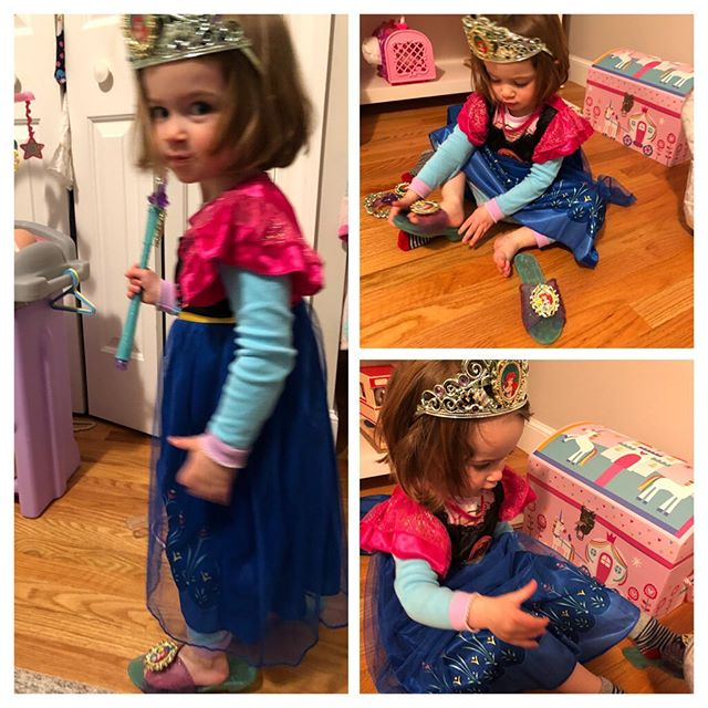 The weekend was jammed packed with this little cookie Eve. From #dressup #princesstime #crafting #yoga #dancing #playingdoctor #reading and #sillytime we managed to squeeze lots of fun in. Auntie Courtney's #happyplace! Lots of fun moments #enjoythelittlethings! #thisiswhattwolookslike #thankgoodnessforlittlegirls #besties #familytime  #auntielifeisthebestlife #auntielife #bf #fallfun2019 #eventsbeyond #courtneybkern #courtneykern #makingmemories #craftingcreatingcapturingabeautifullife