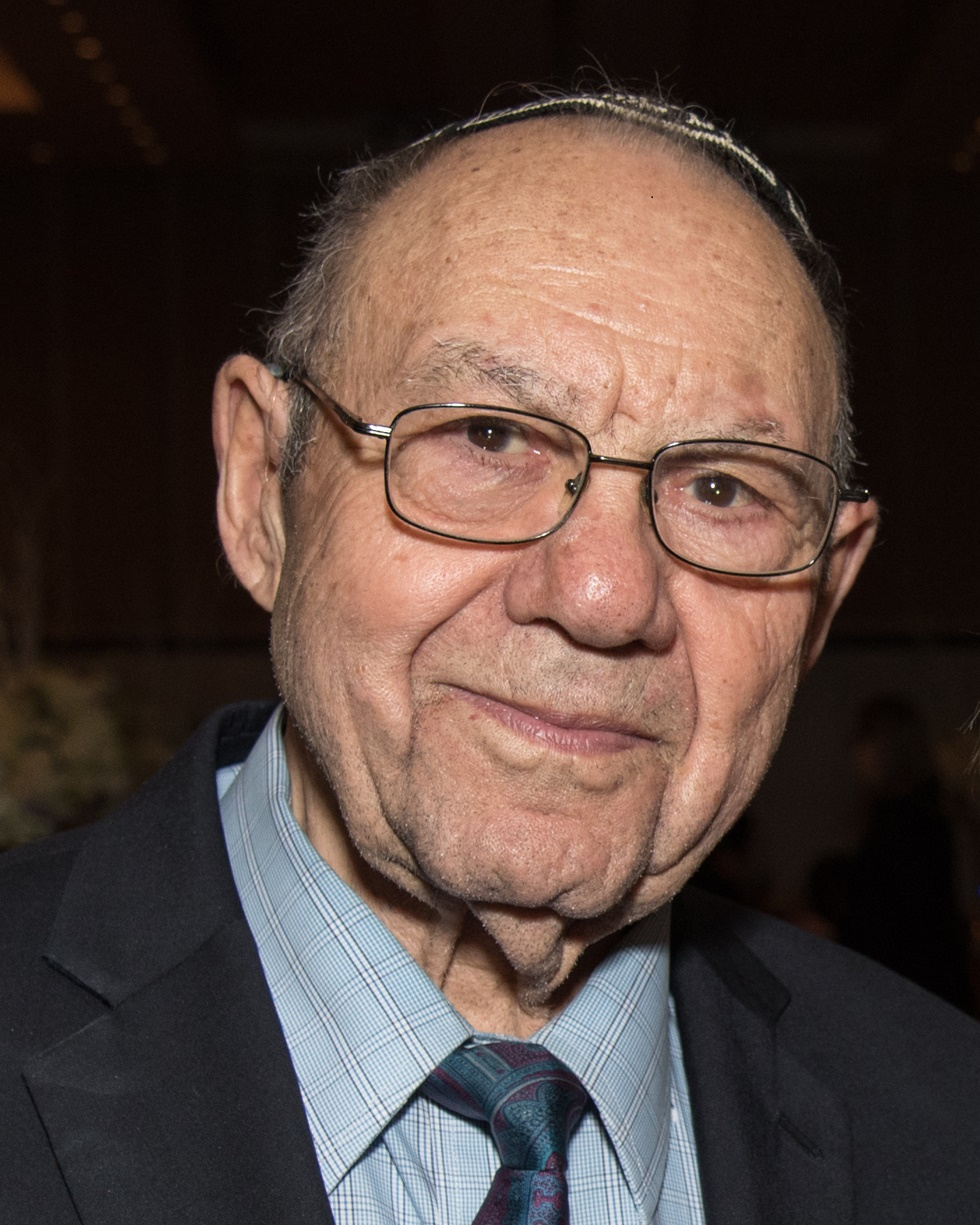 Rabbi Lazowski 2019 (002).jpg
