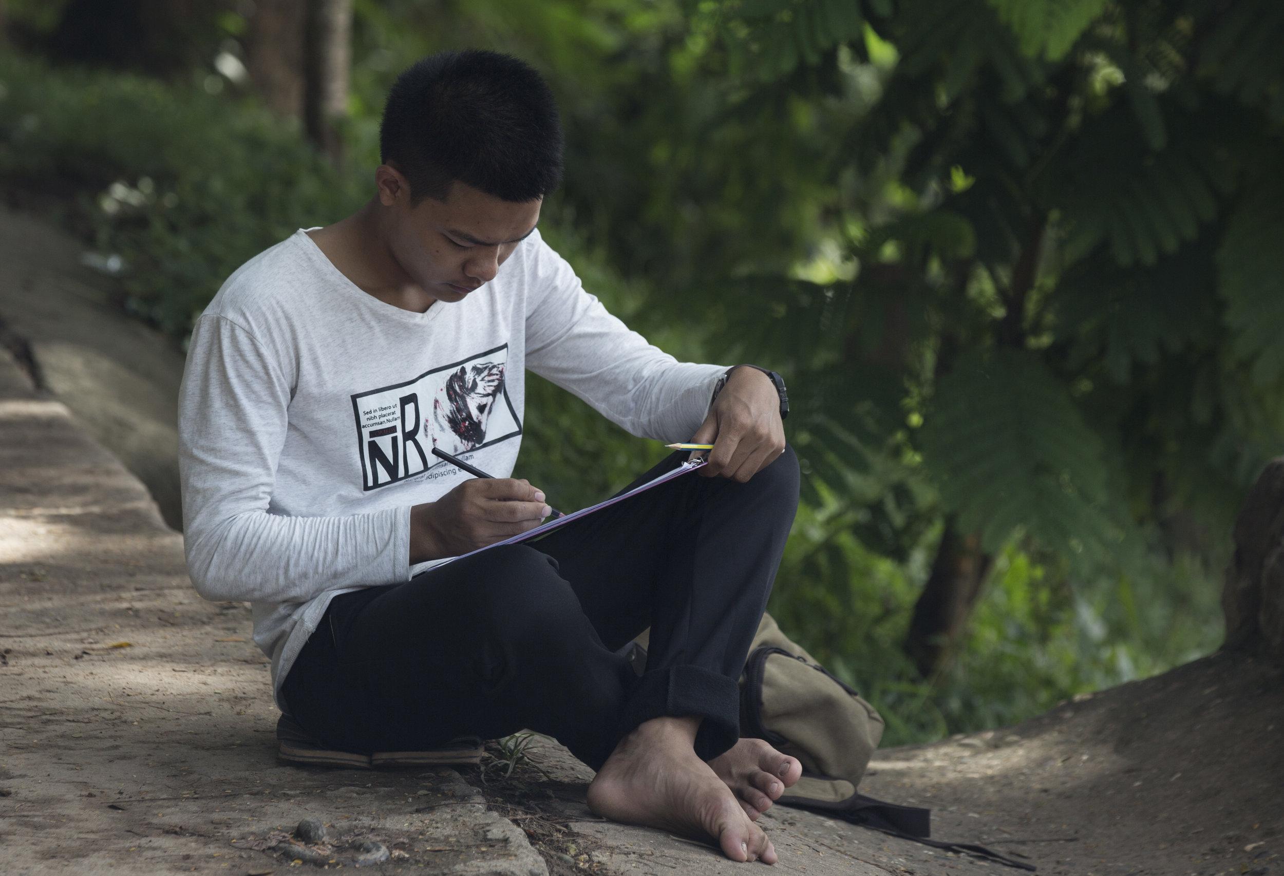 MALAO-STUDIOS-LAO-ARTIST-MASTERCLASS-2017-WONGKHAM-MITAPO_CEB_1089.jpg