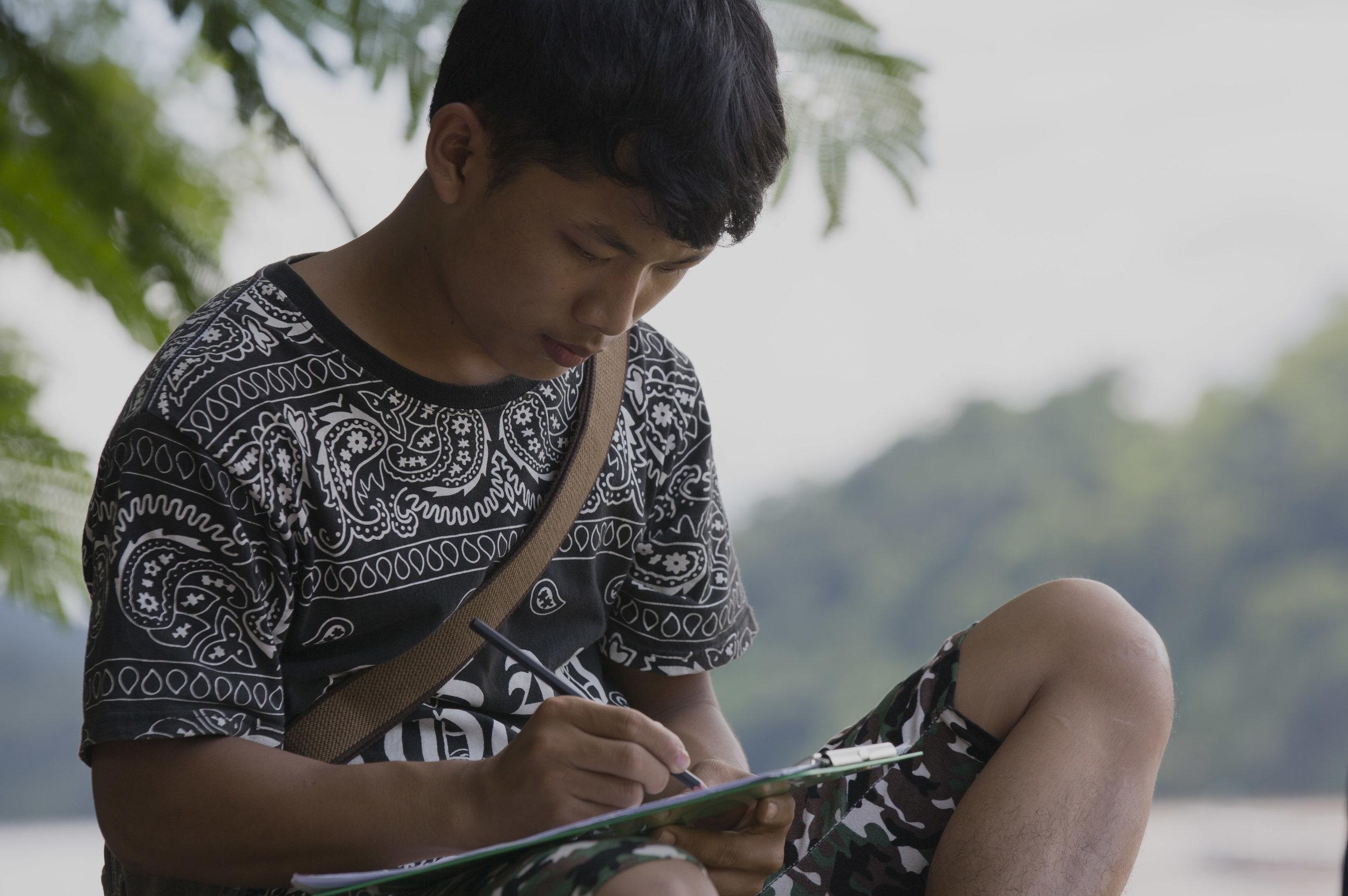 MALAO-STUDIOS-LAO-ARTIST-MASTERCLASS-2017-PANH-HEUANGVILAISY_CEB_1093.jpg