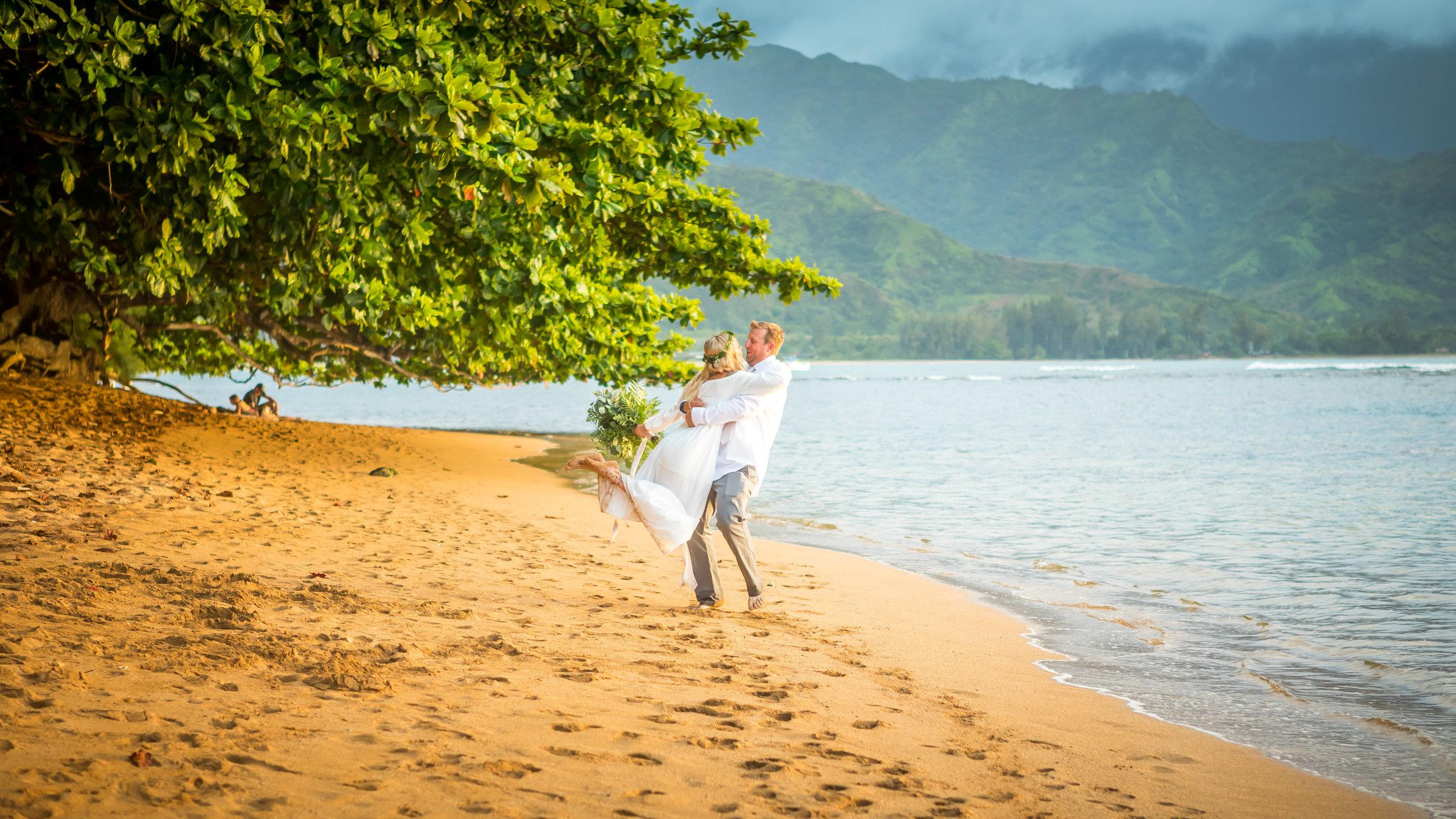 Kauai Beach Wedding Photograph-15