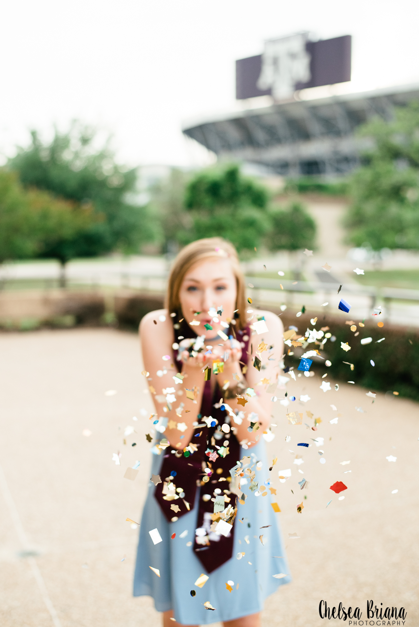 Senior confetti pictures