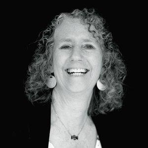 Sally Kidder Davis