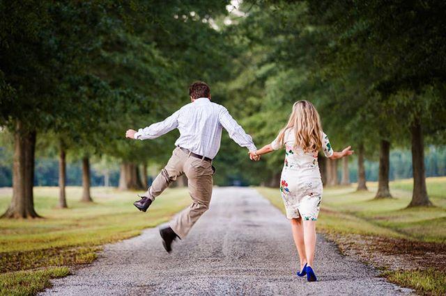 Jumping into the weekend like...#elsinggreen #elsinggreenengagement #stevenandlilyphotography#weddingphotographer#richmondphotographers#virginiaweddingphotographer  #richmondweddings #rvaweddings #virginiabride #virginiaisforlovers #engagementsrva #rvaengaged #engaged #chasinglight #travelingweddingphotographer #destinationphotography #adventurecouple #weddingphotography #ido #huffpostido #photooftheday