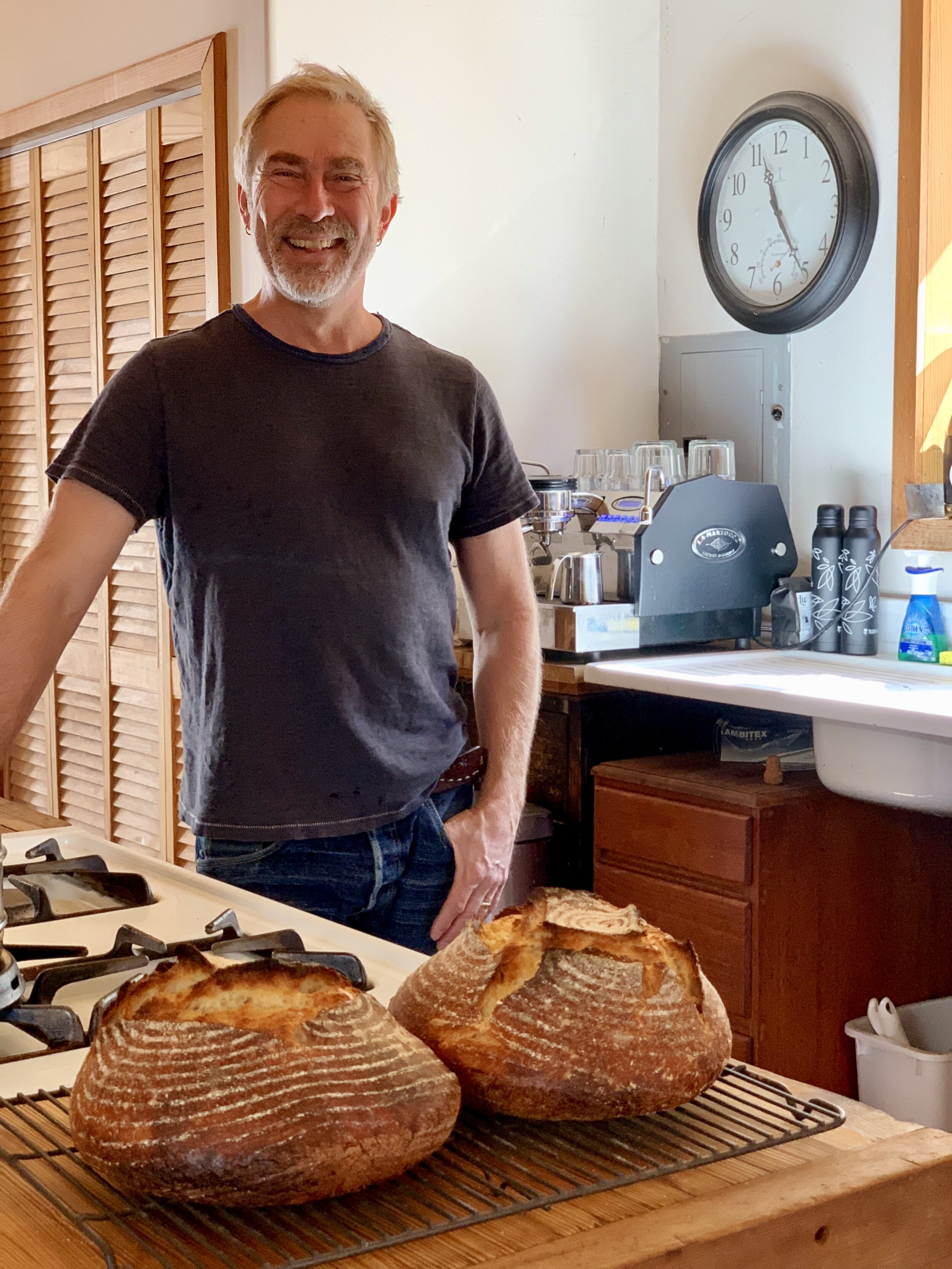 Thank you for the hospitality, John!  What a delicious treat to break bread with you. Your signature sourdough fresh out of the oven was outta this world!   Connect on Instagram: @kingsviewfarms