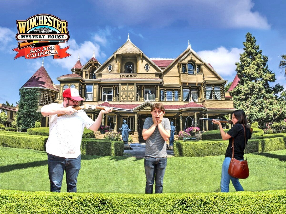 Tourist photo from the Winchester Mystery House