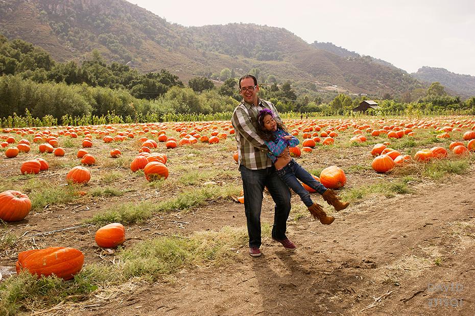 0016_cumple_suegro_bates-nut-farm-pumpkin-patch_101013-edit