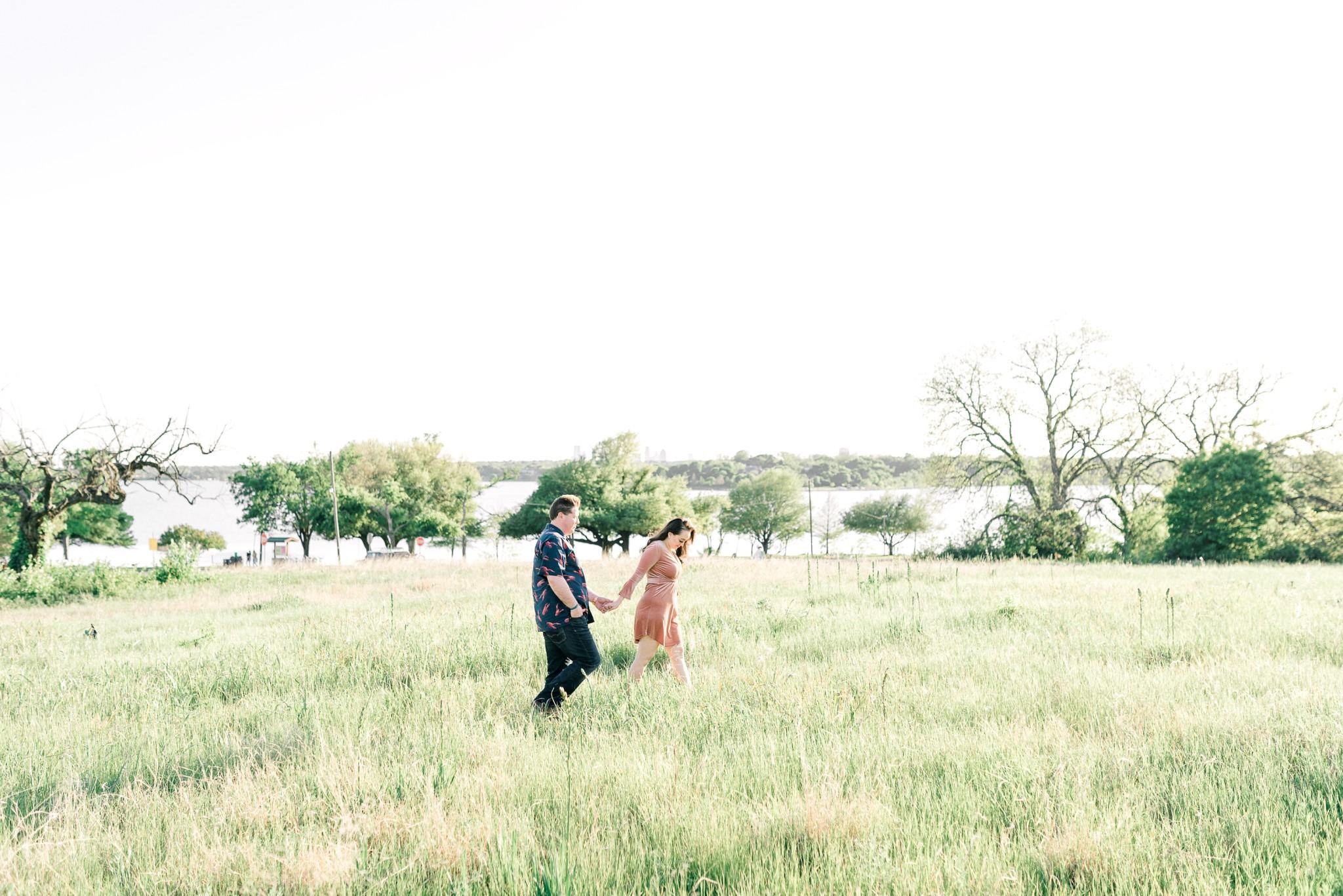DallasEngagementPhotographer_DallasArboretum_WhiteRockLake_ChuaLeePhotography_0109.jpg