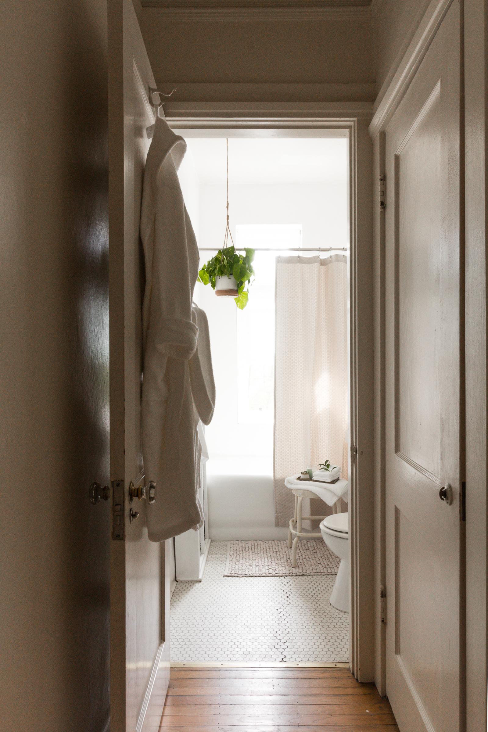 Refresh Bathroom (1 of 17).JPG