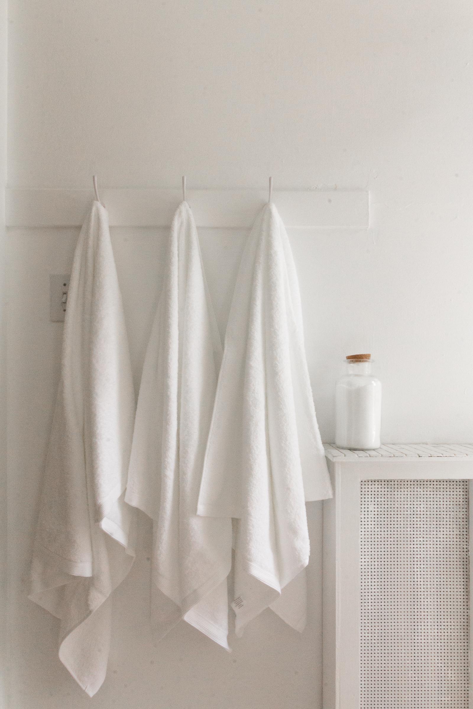 SHOP:  Cstudio Home Organic Towel Set
