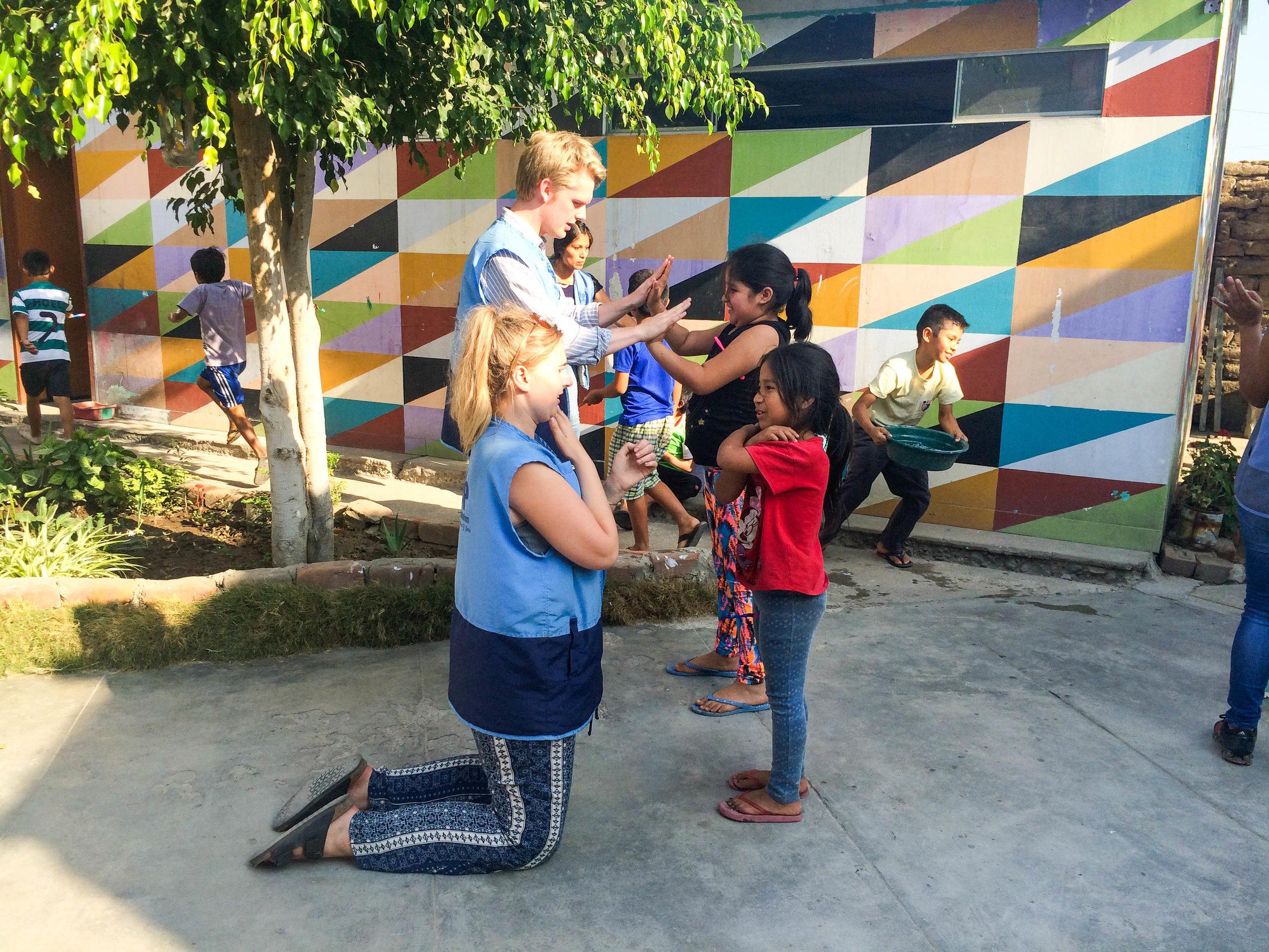 SKIP volunteers Peru