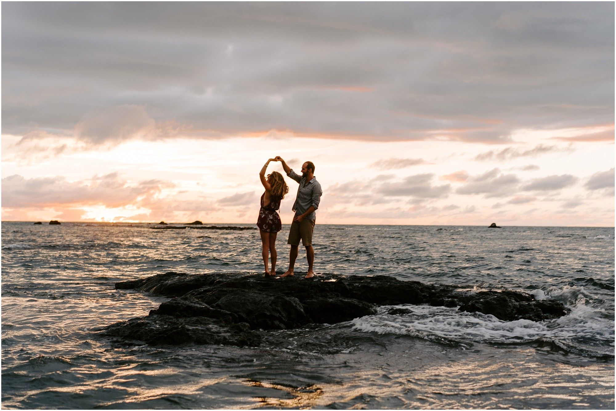 destination-elopement-photography-hawaii-photos-by-aloha-zoe-photography_0022.jpg