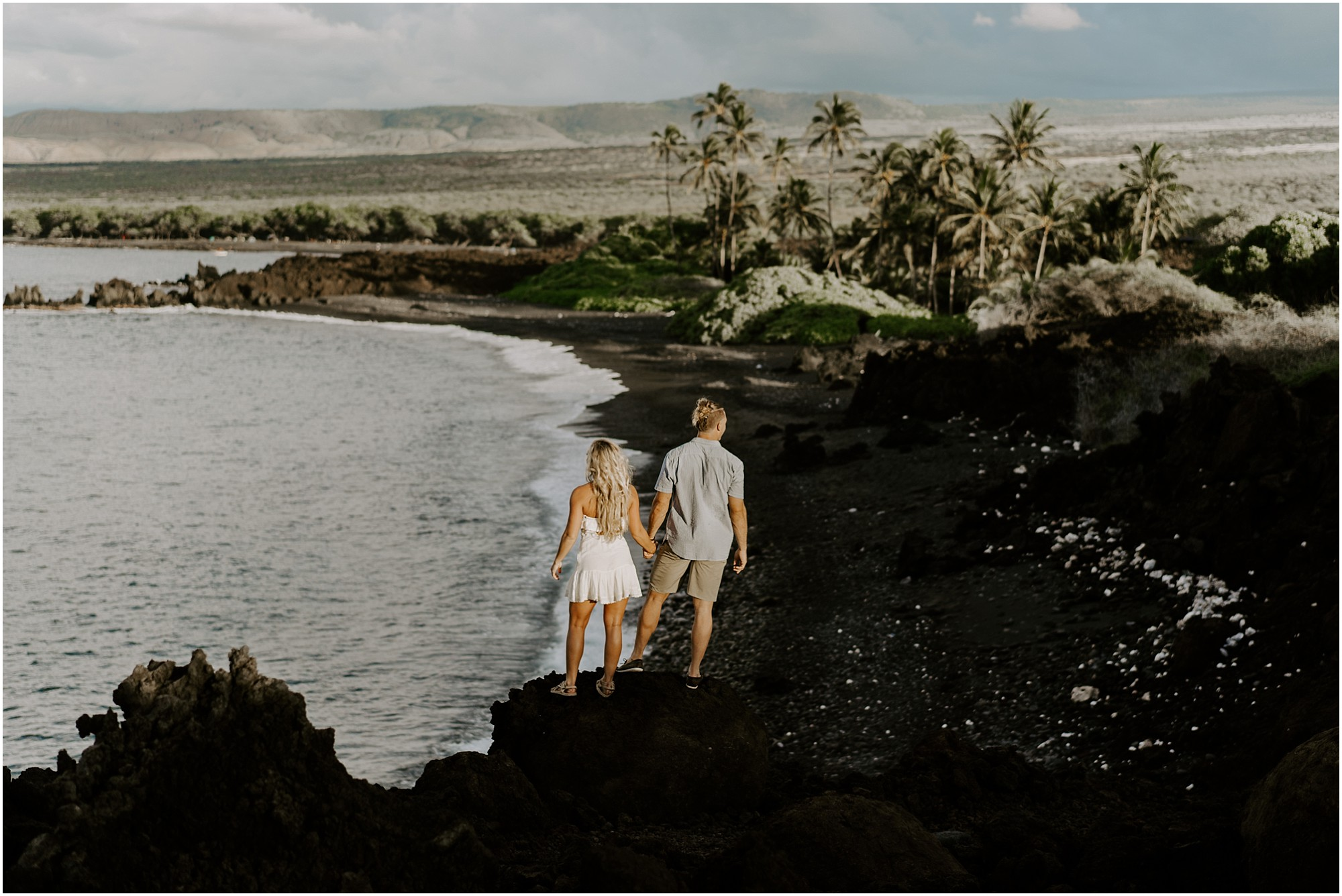 hawaii-island-elopement-photography-couple_0008.jpg