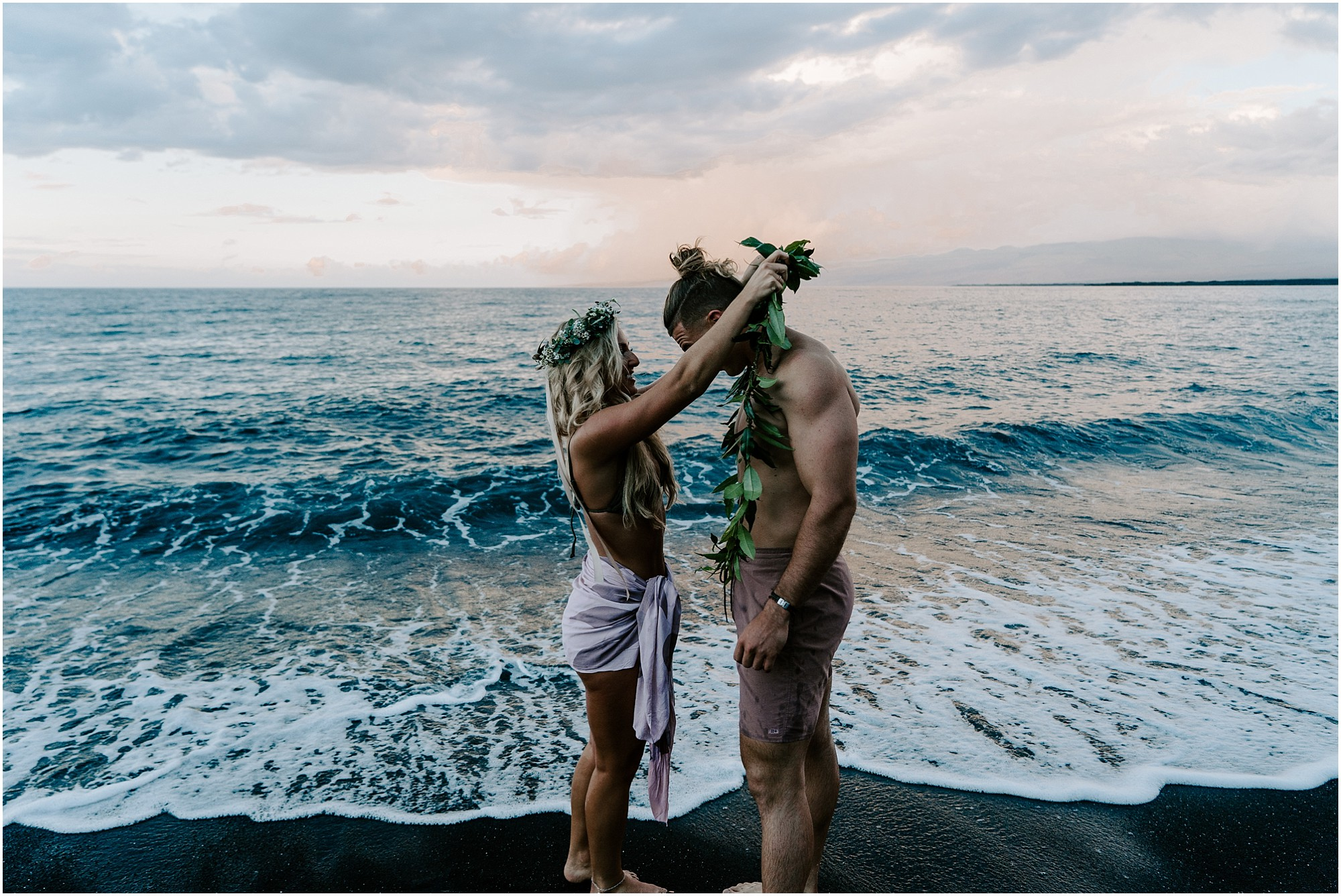 hawaii-island-elopement-photography-couple_0014.jpg