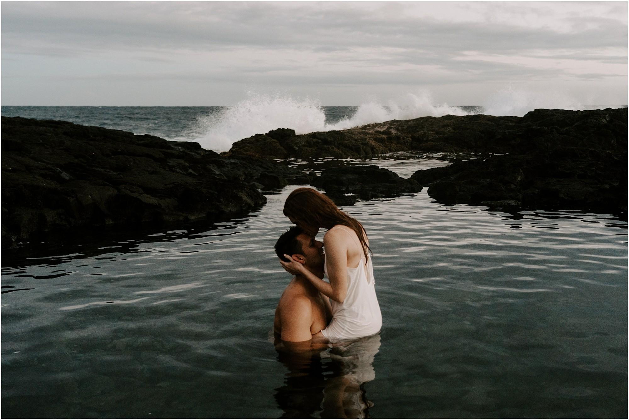 hawaii-elopement-photography-adventure-session_0022.jpg